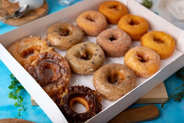 (1) Dozen Assorted Cake Donuts