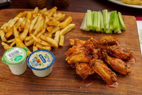 A. (10 pc.) Wing Combo