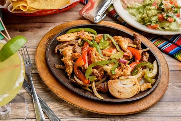 F2. Chicken Fajitas