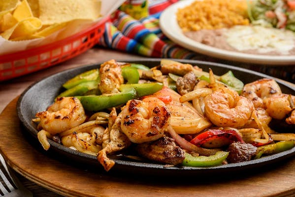 F3. Shrimp Fajitas