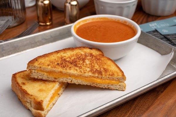 (4) Cheese Grilled Cheese & (1) Cup Spicy Tomato Soup Combo