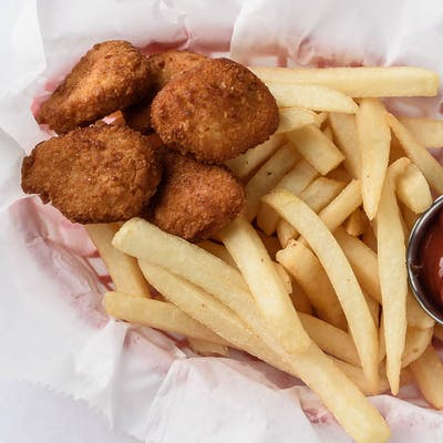 Chicken Nuggets & Fries
