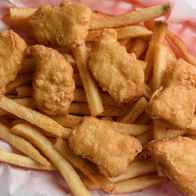 43. Chicken Nuggets (10 pc.) & Fries