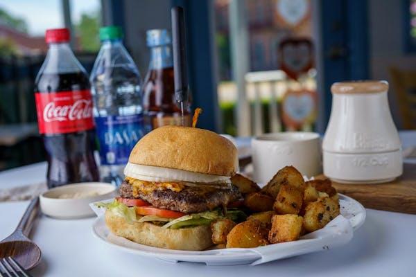 Gourmet Burger Coca-Cola Combo
