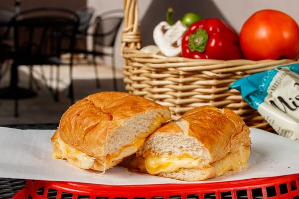 #22 Plymouth Sandwich