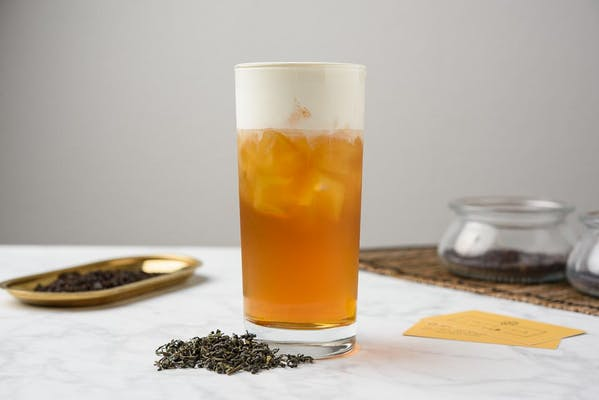 White Peach Green Tea With Cheese Foam