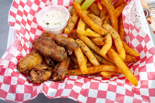 (6 pc.) Wings & Fries Combo