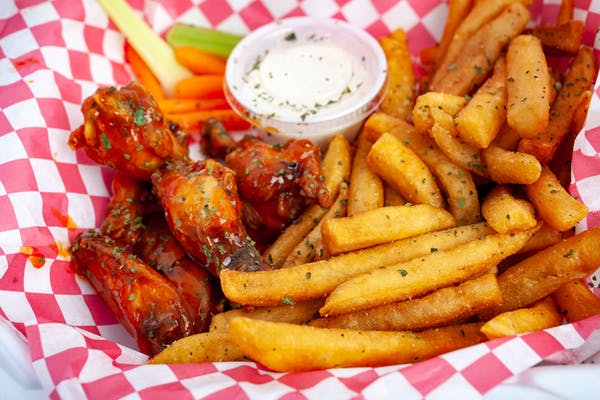 (21 pc.) Wings & Fries Combo