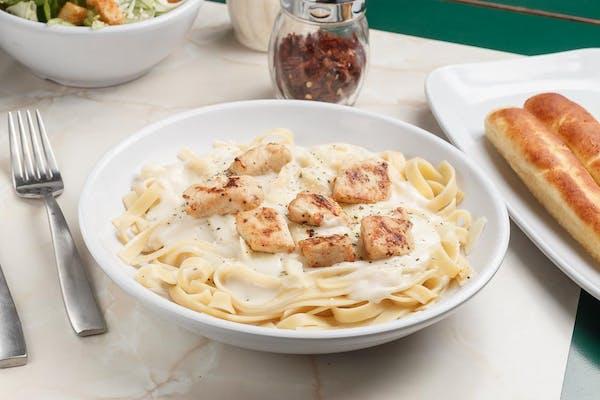 4. Chicken Fettuccine Alfredo