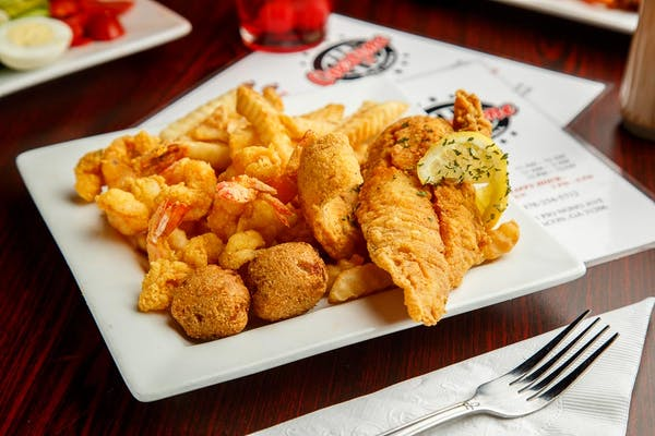 (2 pc.) Fish & (6 pc.) Shrimp Platter