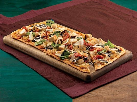 Chicken Caprese Flatbread Pizza
