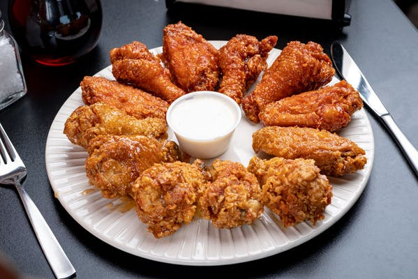 (10) Wings & Fries