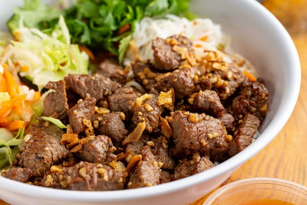 Shaking Beef Vermicelli