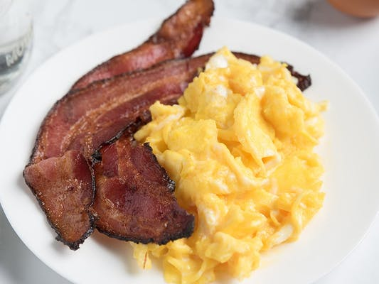 Ole Fashioned Bacon 'n Eggs