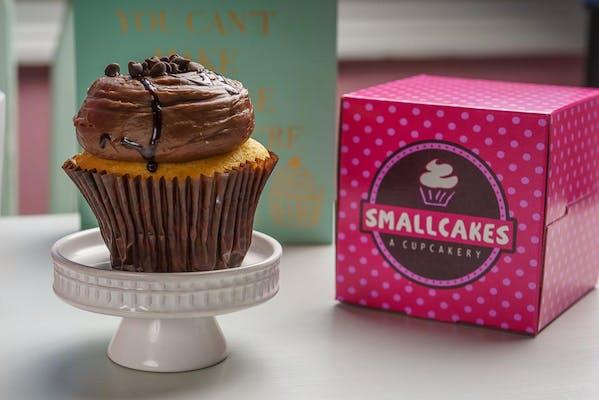 Vanilla & Chocolate Cupcake