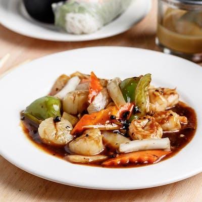 Scallops & Hunan Sauce