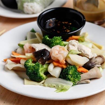 Steamed Shrimp & Mushrooms