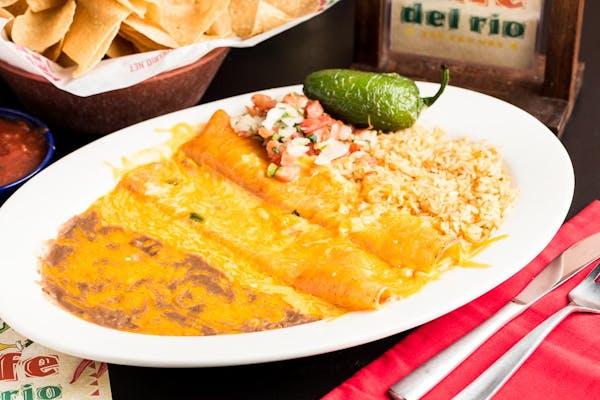 Dos Enchiladas