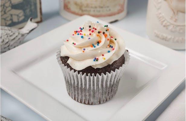 Chocolate Cupcake with Vanilla Buttercream