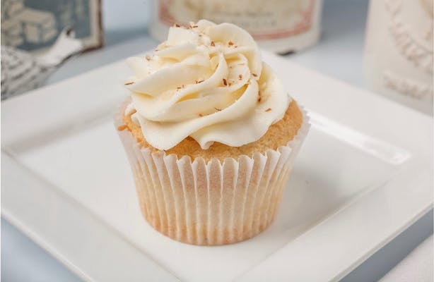 Almond Cupcake with Almond Buttercream