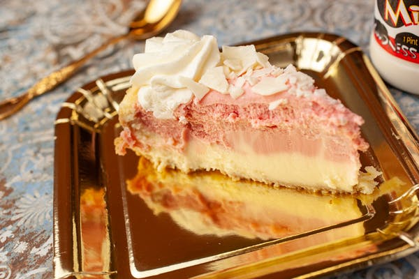 Strawberries & Cream Cheesecake Slice