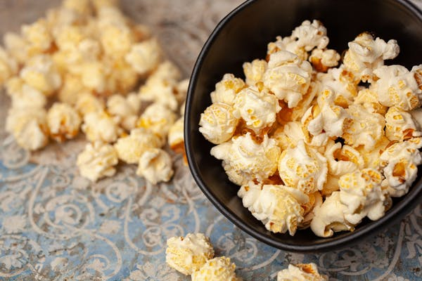 Low-Salt Popcorn