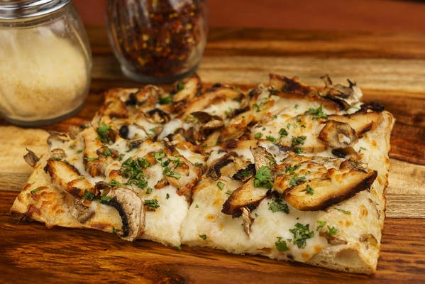 Garlic Alfredo Chicken Pizza