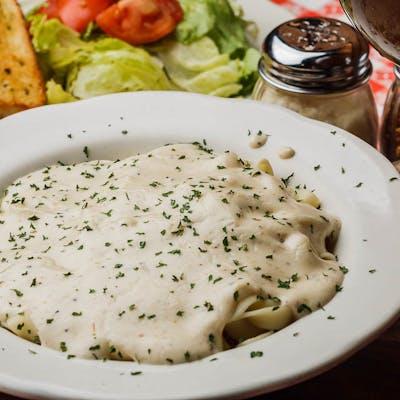 Fettuccini w/Salad