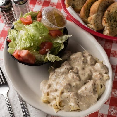 Chicken Fettuccini w/Salad