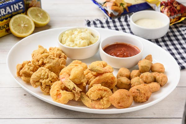 12. Fried Oysters & Shrimp Platter