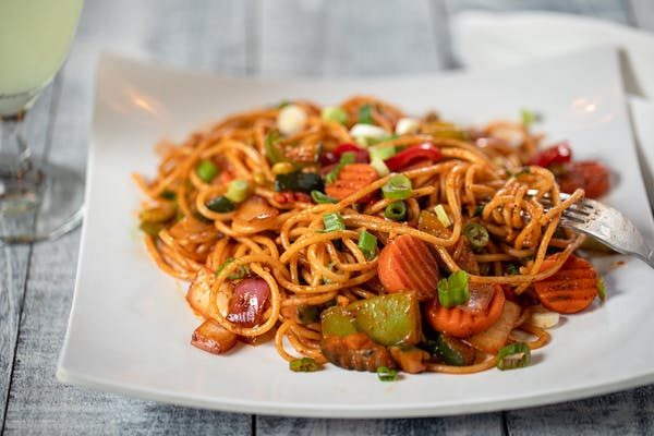 Vegetable Schezwan Noodles
