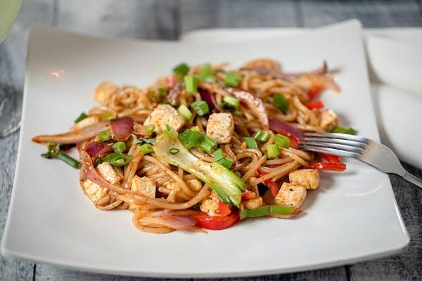 Tofu Schezwan Noodles