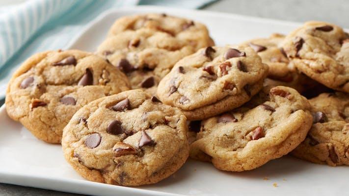 Dozen Choc. Chip Cookies (12 pc.) DEAL