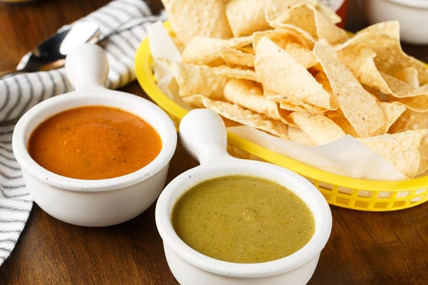 Lil Saul's House-Made Chips & Salsa
