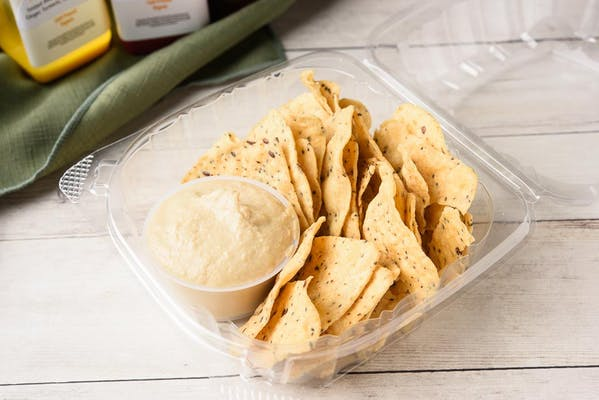 Hummus & Chips