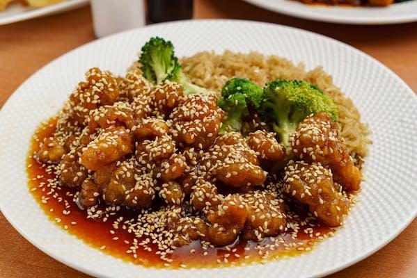 S9. Sesame Chicken & White Rice