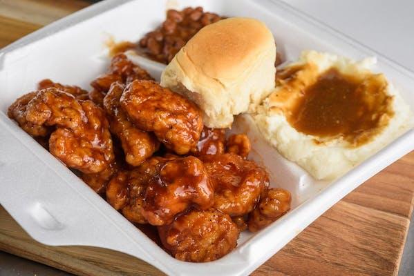 Boneless Honey BBQ Wings Dinner
