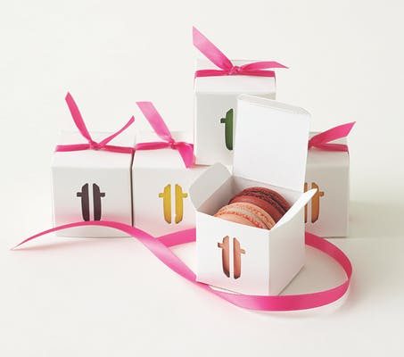 Box of (2) Macarons