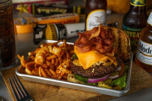 (8 oz.) Bulldawg Burger