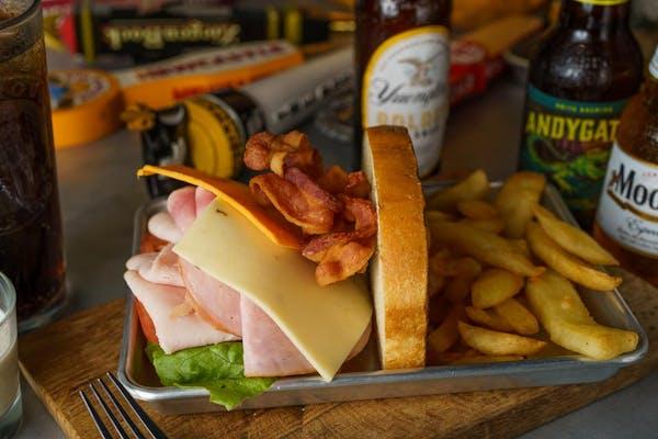 Dawgpound Club Sandwich