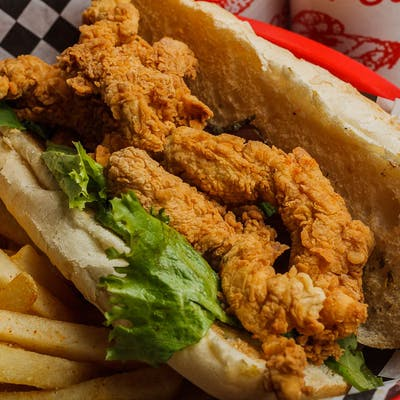 Fried Chicken Poboy
