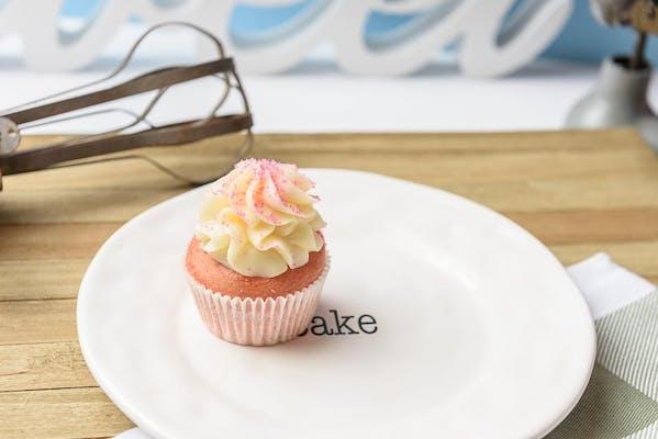 Strawberry Cheese Cupcake