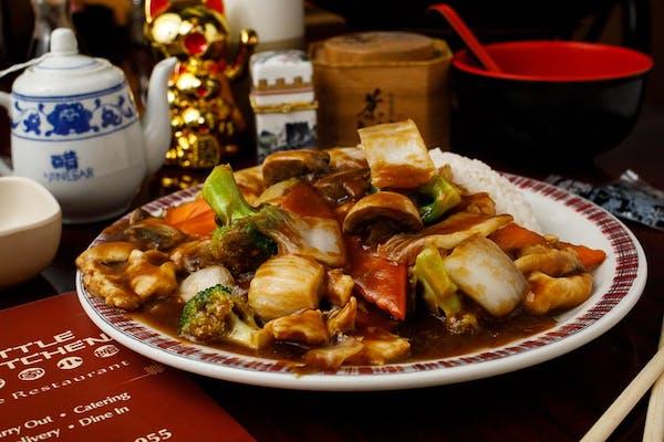 C8. Moo Goo Gai Pan & White Rice