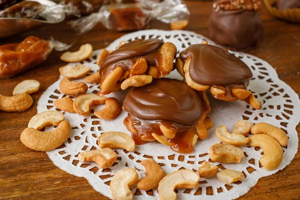 Caramel Cashew Clusters