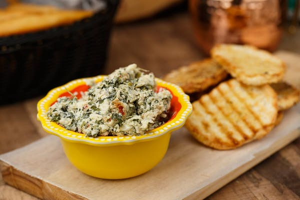 Spinach Dip with French Bread