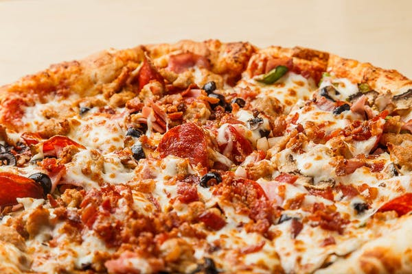 Super Deluxe Pizza