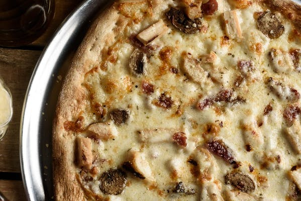 Chicken Carbonara Classic Pizza