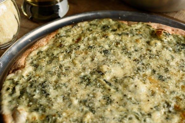 Spinach Alfredo Classic Pizza