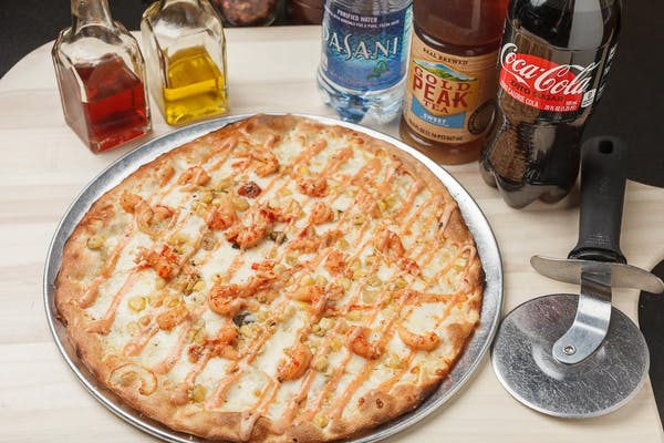 Crawfish Boil Classic Pizza Coca-Cola Combo
