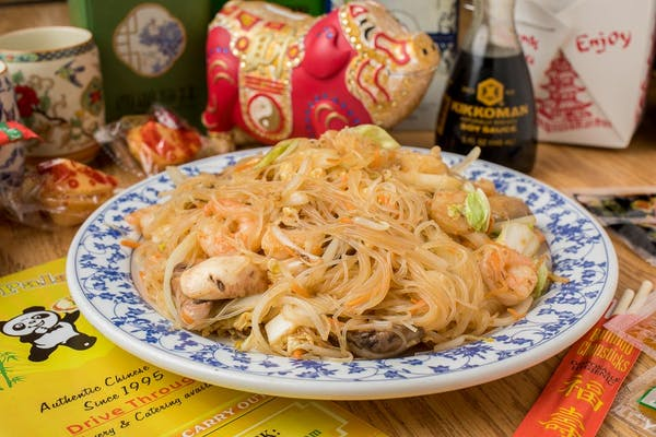 3. Mei Fun (Fried Noodles)